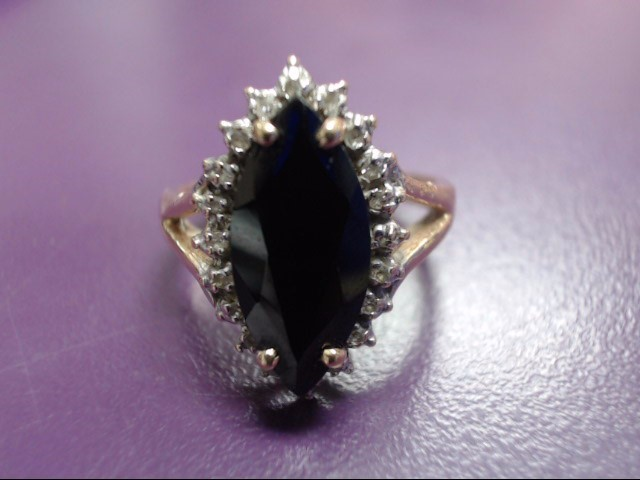 Black Stone Lady's Stone & Diamond Ring 20 Diamonds .20 Carat T.W.