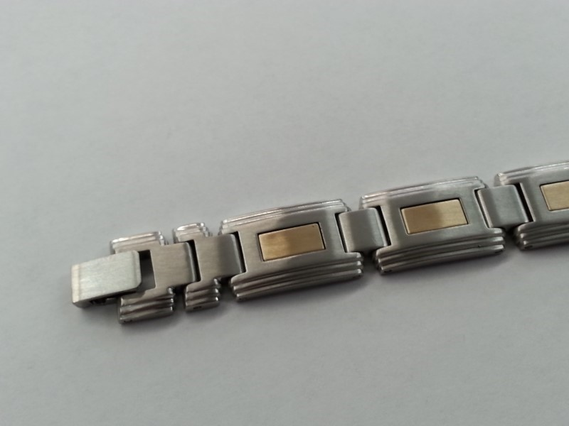 GENTS STAINLESS & 14K BRACELET (14K INLAY) IN EACH LINK
