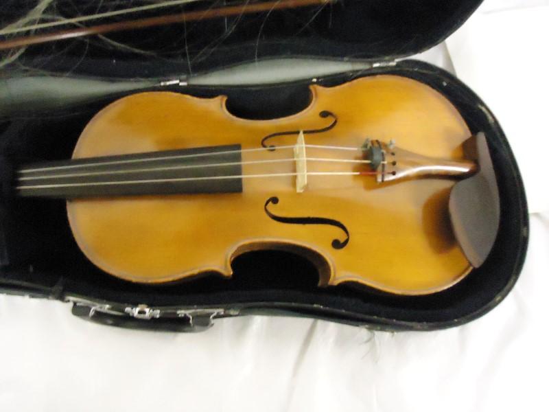 BECKER STRING INSTRUMENTS Viola 17 1/2 VIOLA