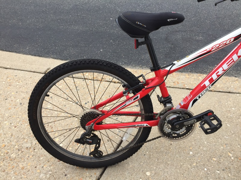 TREK Mountain Bike MT 220