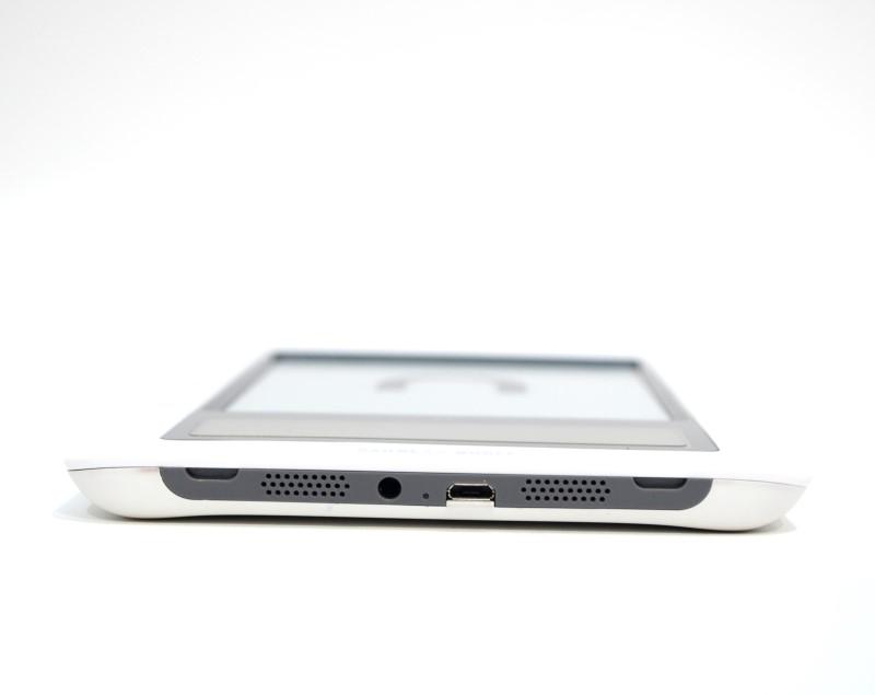 Barnes & Noble Nook 1st Gen. eReader Tablet BNRV100 2GB in Orig Box>