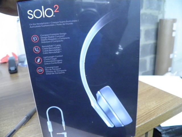 MONSTER Headphones BEATS SOLO 2