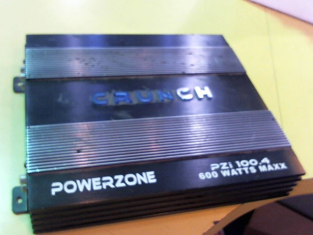 CRUNCH AUDIO Car Amplifier PZI100.4