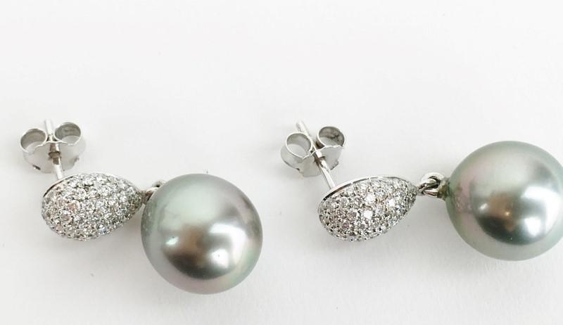 Black South Sea Pearl & 88 Diamonds .88 Carat T.W. 18K White Gold Earrings