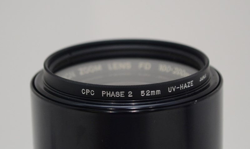Canon FD 100-200mm 1:5.6 Manual Focus Zoom Lens With Case *UNTESTED*