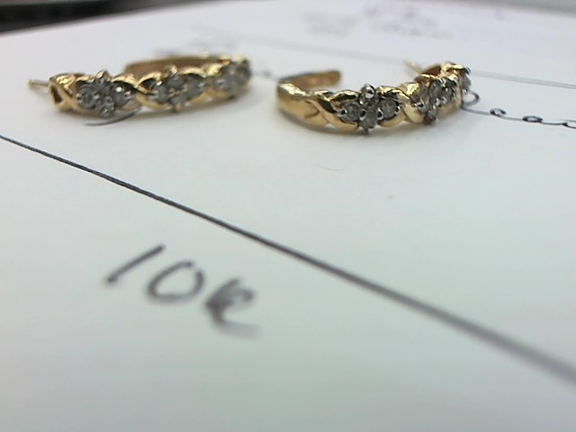 Gold-Diamond Earrings 24 Diamonds .24 Carat T.W. 10K Yellow Gold 3.4g
