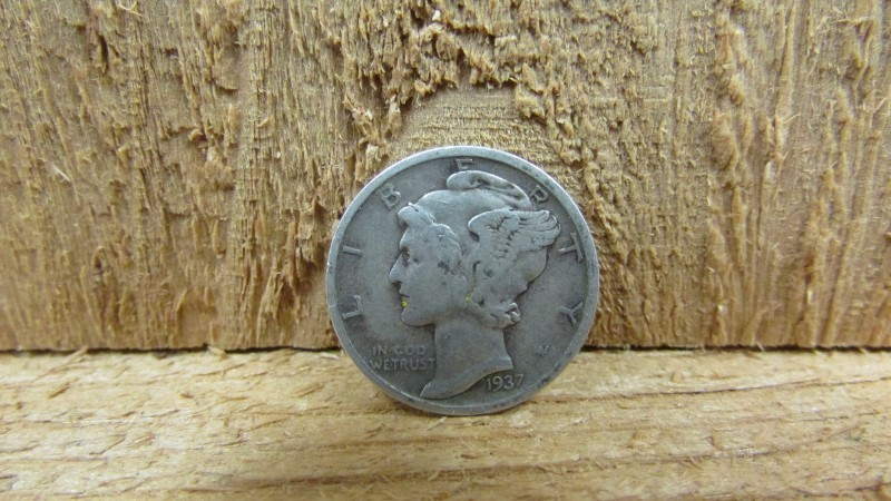 UNITED STATES Silver Coin 1937 MERCURY DIME