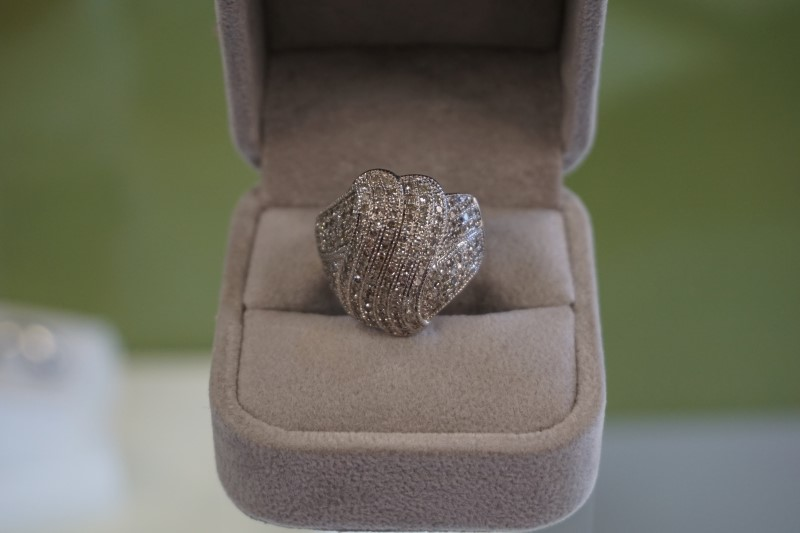Lady's Diamond Cluster Ring 176 Diamonds 1.76 Carat T.W. 10K White Gold 9g