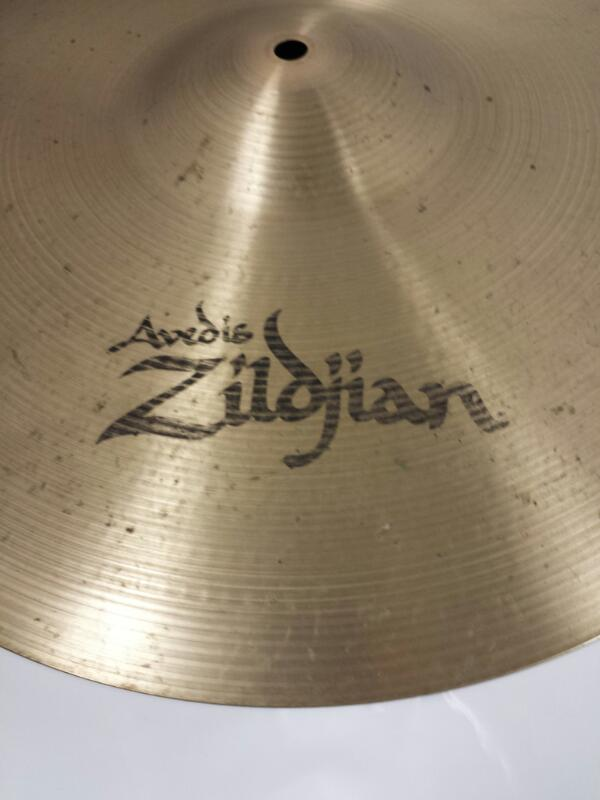 "Zildjian Avedis 18""/45cm Medium Thin Crash Turkish Drum Cymbal"
