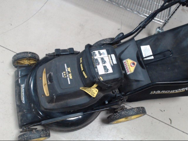 Yardworks Lawn Mower 24V LAWNMOWER