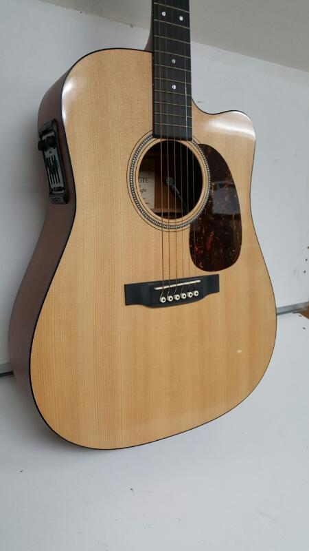 C.F Martin & Co DC-16GTE Acoustic/Electric Guitar, Fishman Prefix