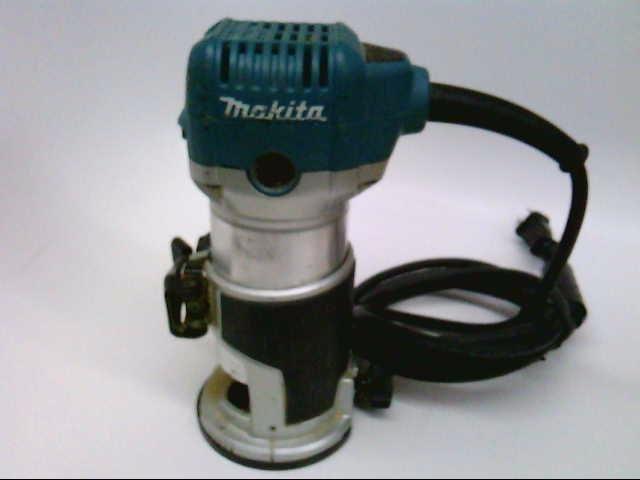MAKITA Router RTO701C