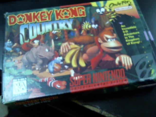 NINTENDO Vintage Game DONKEY KONG COUNTRY SUPER NINTENDO