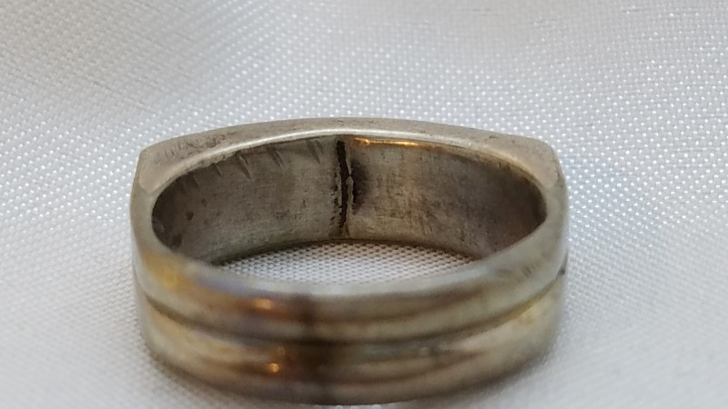 Lady's Silver Ring 925 Silver 3.9g