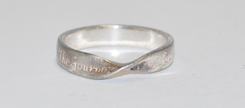 """Women's Sterling Silver """"The Journey of a Thousand Miles..."""" Engraved Ring Sz 7"""
