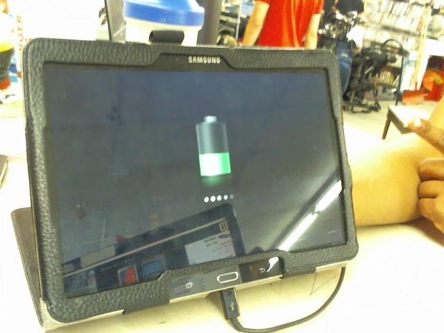 SAMSUNG Tablet SM T-520
