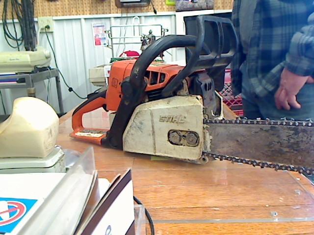 STIHL Chainsaw 025