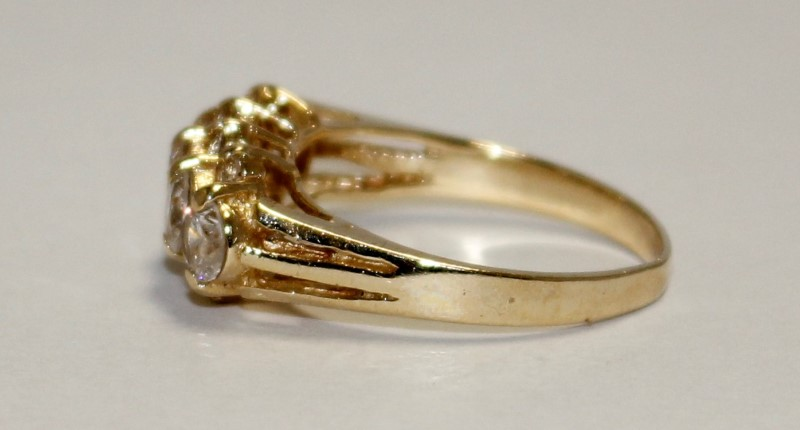 Cubic Zirconia Lady's Stone Ring 14K Yellow Gold 3.56g Size:6.5