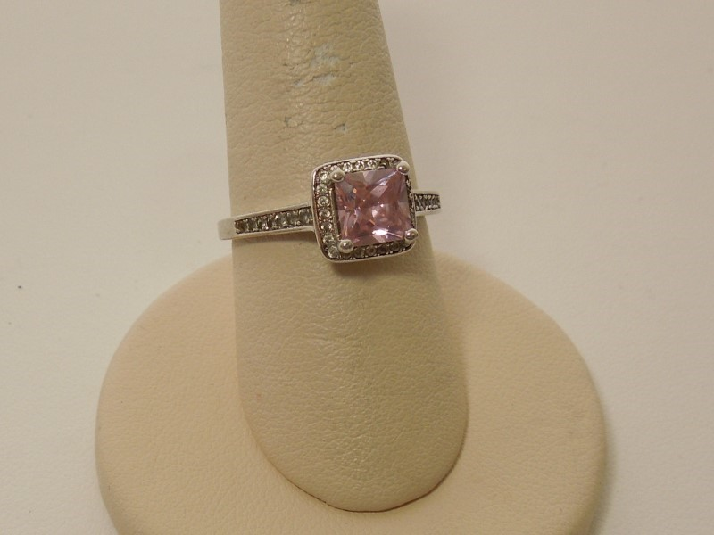 Pink Stone Lady's Stone Ring 10K White Gold 2.4g