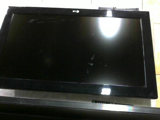 LG Flat Panel Television 32LD450