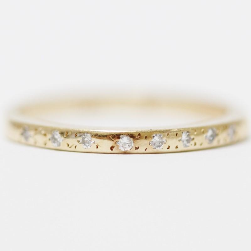 14K Yellow Gold Flush Round Diamond Wedding Band Size 6
