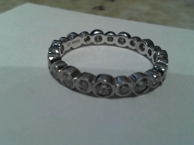 Lady's Gold Ring 18K White Gold 2.6g