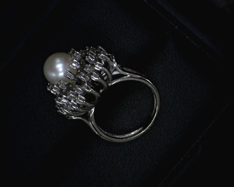 Pearl Lady's Stone & Diamond Ring 40 Diamonds .40 Carat T.W. 14K White Gold