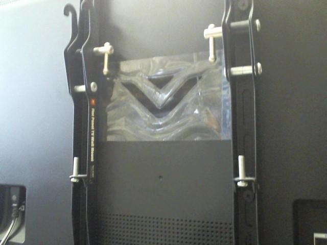 VIZIO Flat Panel Television M401I-A3