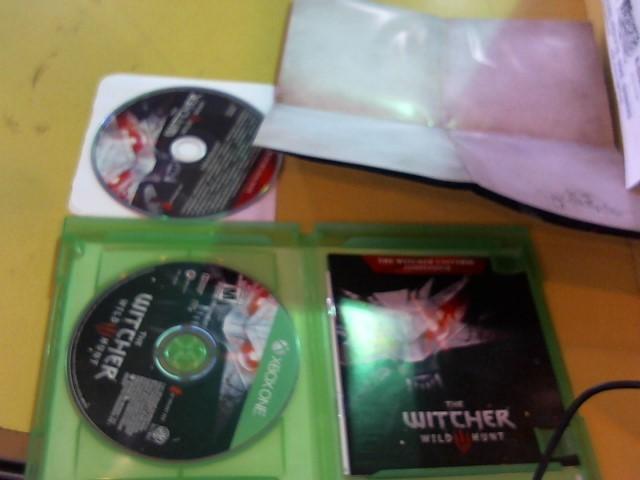 MICROSOFT Microsoft XBOX One Game THE WITCHER 3 WILD HUNT - XBOX ONE