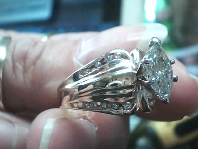 Lady's Diamond Cluster Ring 17 Diamonds 1.66 Carat T.W. 14K Yellow Gold 5.3dwt