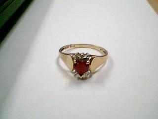 Red Stone Lady's Stone Ring 10K Yellow Gold 1.7g Size:6