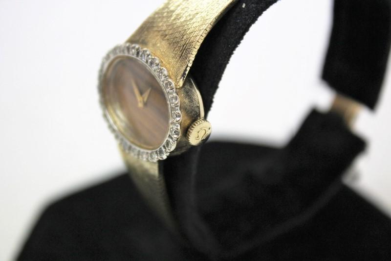 GOLD/DIAMOND WATCH- 24 Diamonds .24 Carat T.W. 14K Yellow Gold 30.5g