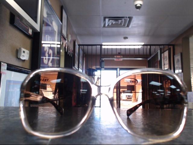 COACH Sunglasses 5916