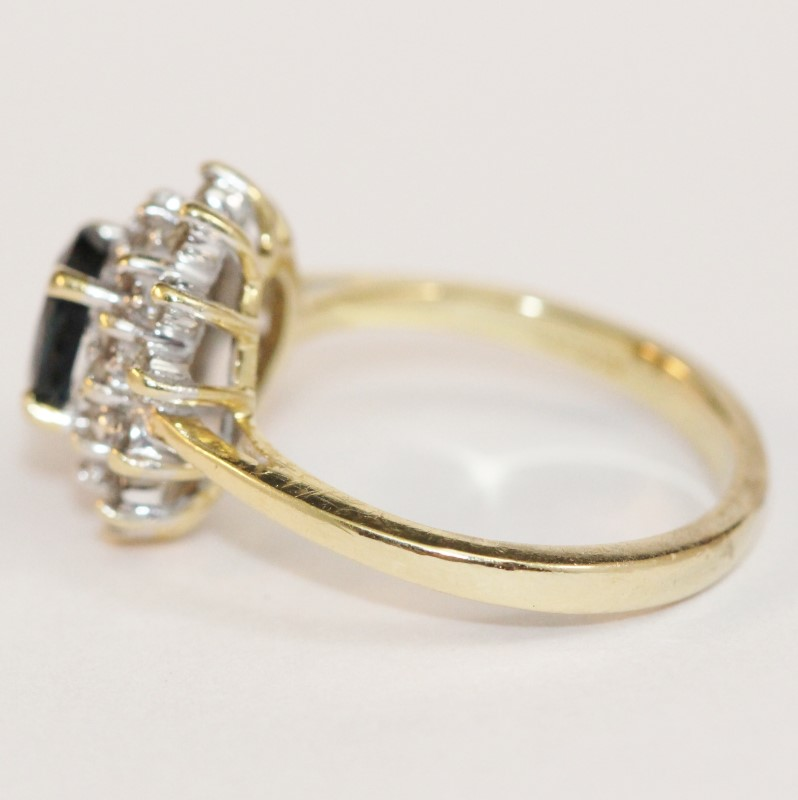 14K Yellow Gold Sapphire and Cluster Diamond Ring Size 6.75