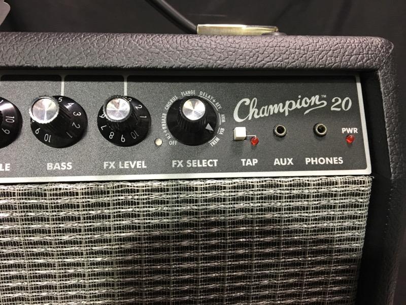 FENDER Electric Guitar Amp CHAMPION 20