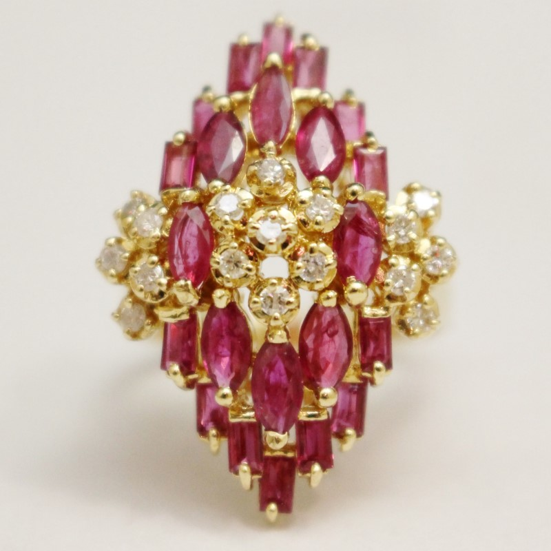 14K Yellow Gold Large Ruby & Diamond Cluster Statement Ring Size 8.5