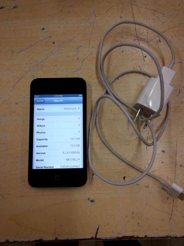 APPLE  IPOD A1367 TOUCH - 16GB