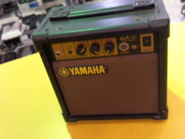 YAMAHA Electric Guitar Amp GA-10