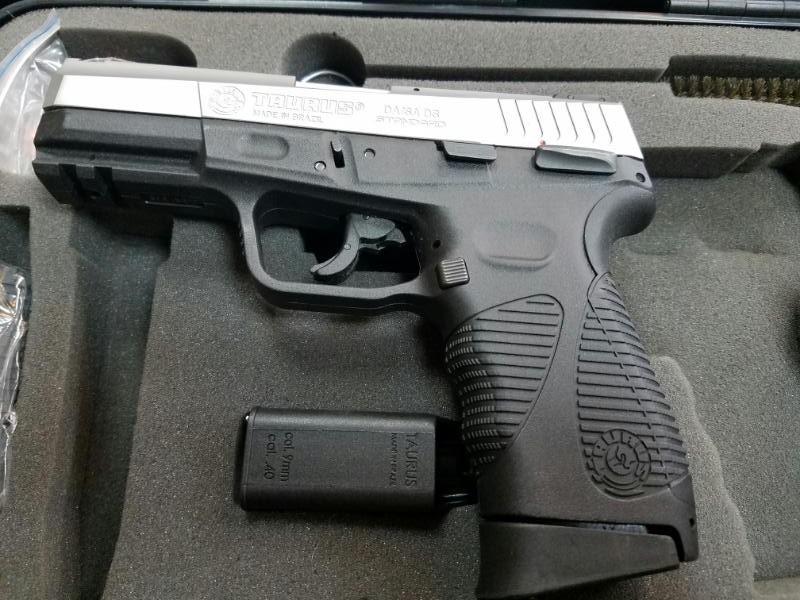 TAURUS Pistol PT 24/7 G2