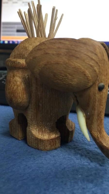 ELEPHANT TOOTHPICK HOLDER