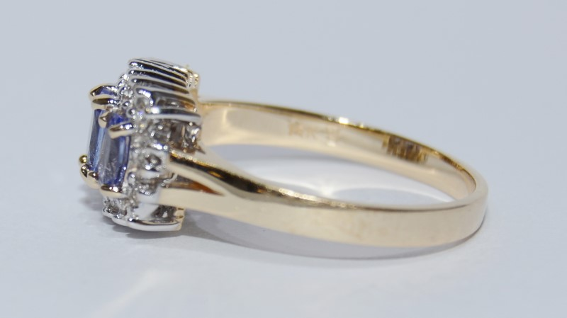 14K Yellow Gold Vintage Inspired Split Shank Oval Tanzanite & Diamond Ring