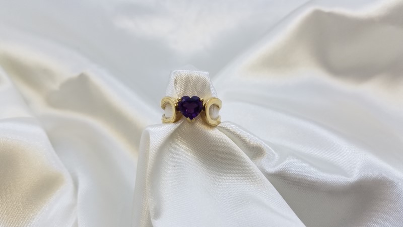 Heart Cut Amethyst 1.14ct Ladies Ring 14K Yellow Gold Size-6