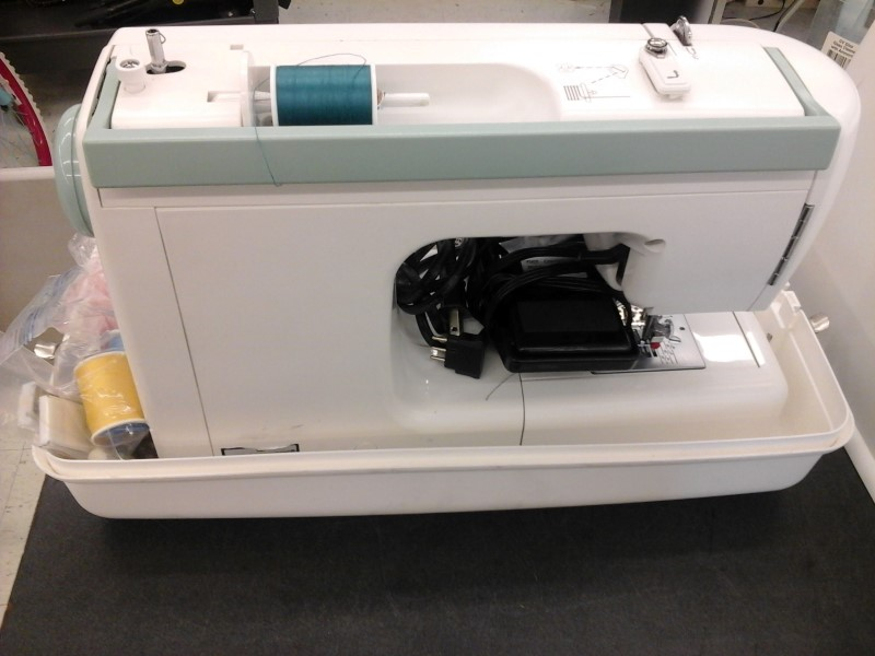 Kenmore Selectable Stitch Sewing Machine