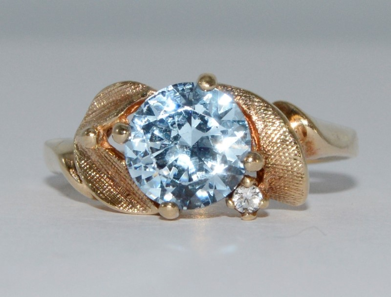 10K Yellow Gold Large Aquamarine & Diamond Textured Leaves Petals Ring Fall