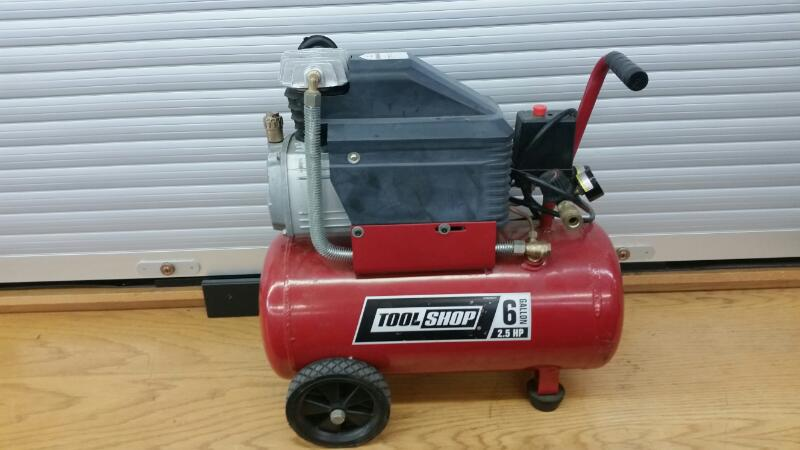 Tool Shop Air Compressor AT01204-6