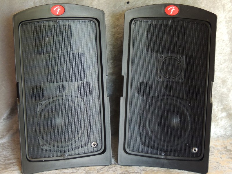 Fender Passport PD-150 Active 150W Portable PA Speaker System PR 483
