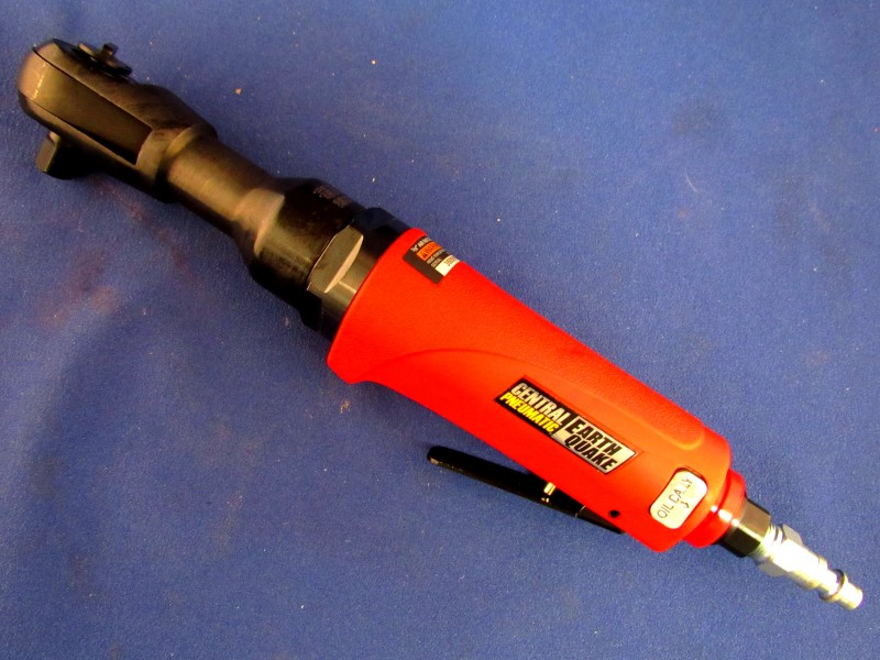 "CENTRAL PNEUMATIC EARTHQUAKE 3/8"" AIR RATCHET"