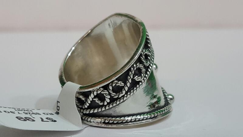 Lady's Silver Ring 925 Silver 7.9g Size:8.3