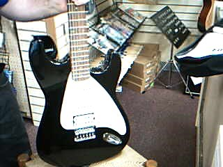 First Act ME305 Electric Guitar w Gigbag