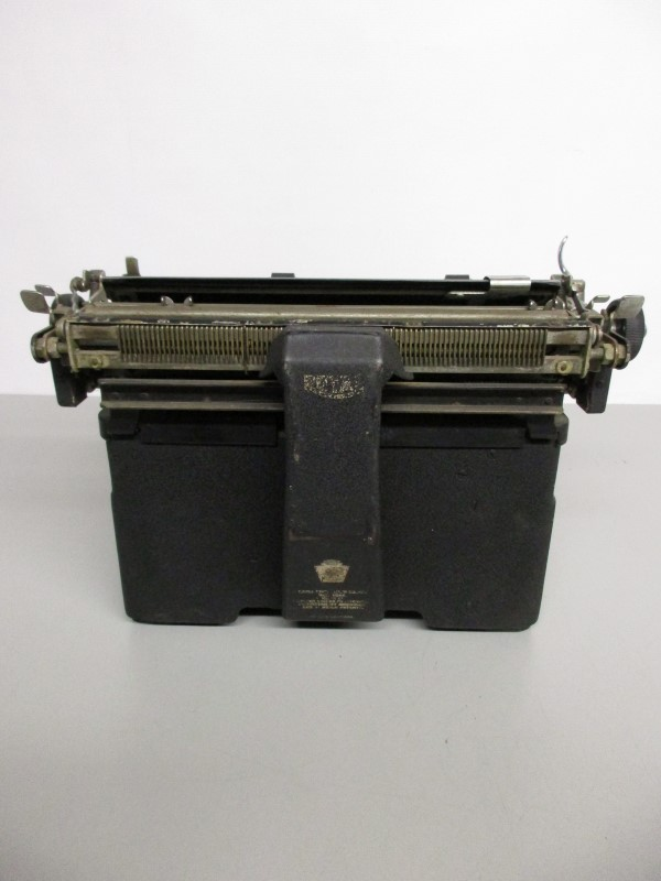 VINTAGE ROYAL 1939-40s TYPEWRITER, PARTS/REPAIR